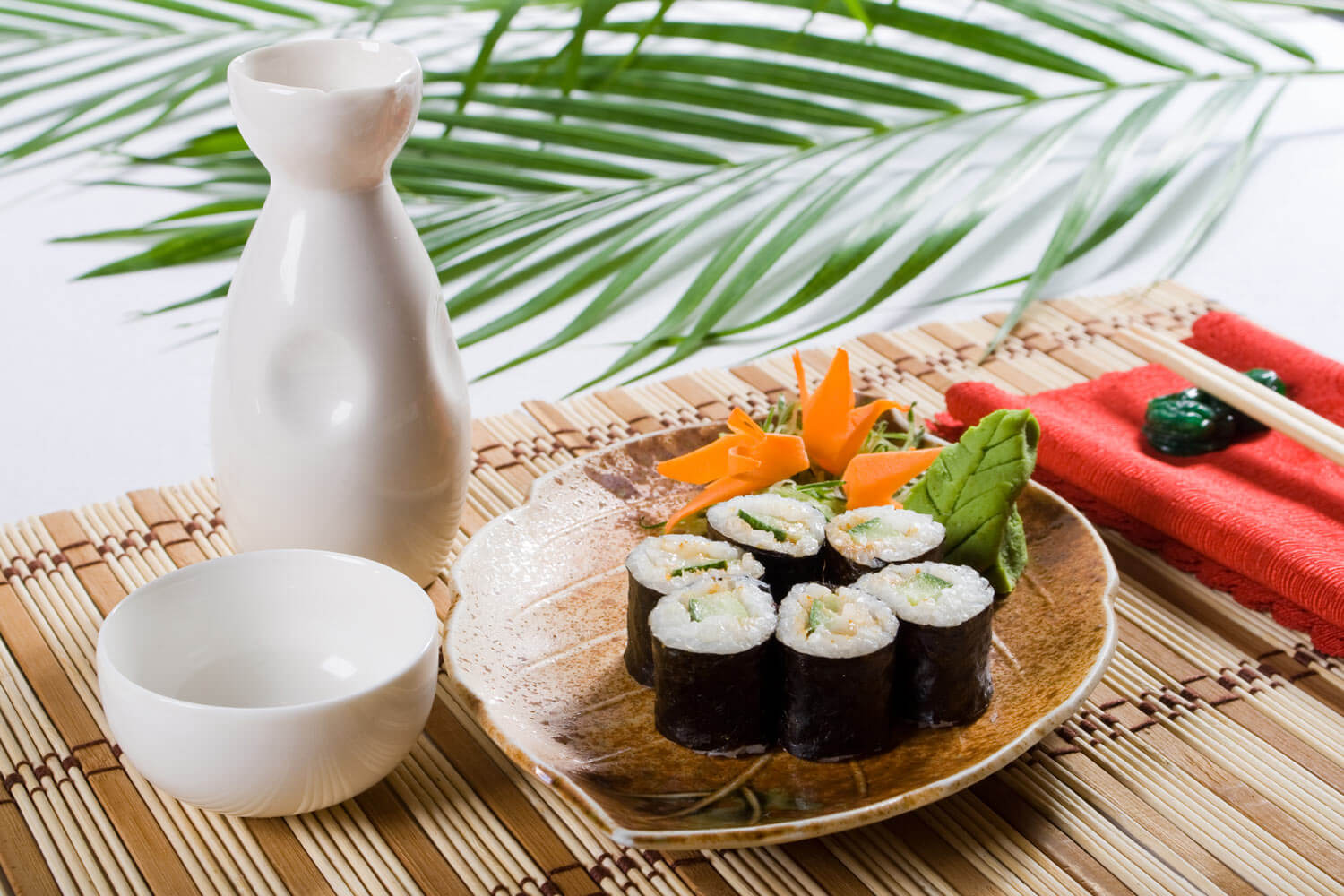 Sushi Rolls with Emerald Cove® organic toasted sushi nori